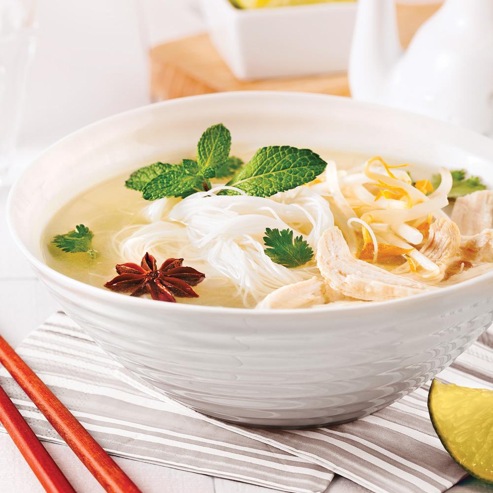 soupe vietnamienne au poulet et vermicelles de riz recettes cuisine et nutrition pratico. Black Bedroom Furniture Sets. Home Design Ideas