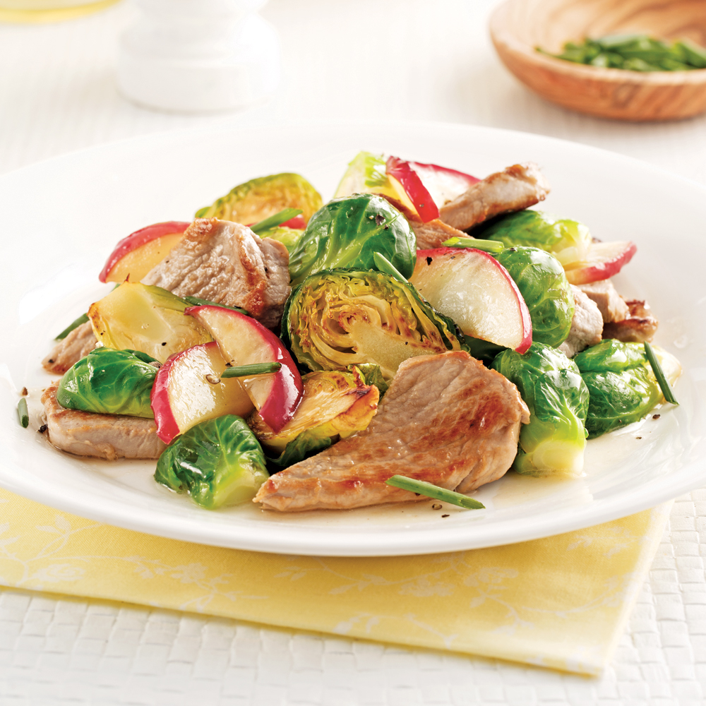 Saut de porc choux de bruxelles et pommes soupers de - Comment cuisiner les choux de bruxelles ...